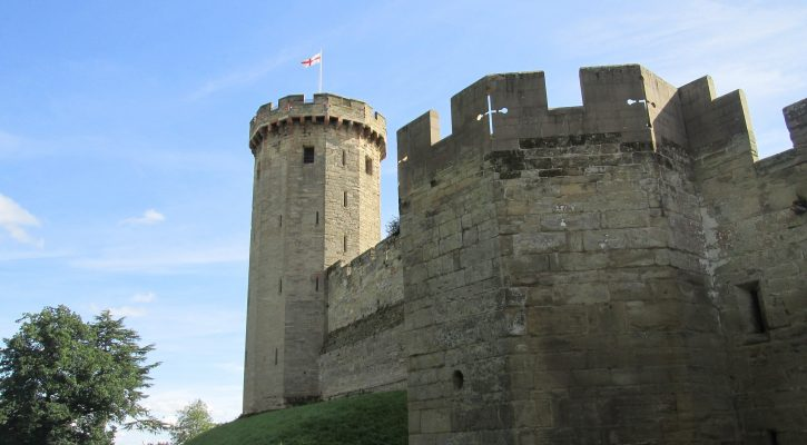 warwick-castle-tourism